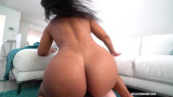 My Life In Miami Rose Monroe –  And That Juicy Fat Ass!