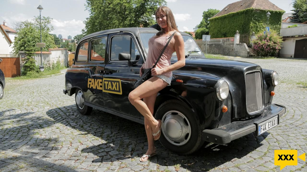 [18+] Fake Taxi – Elisa Tiger: My Way, All the Way (2020) FULLHD 407MB